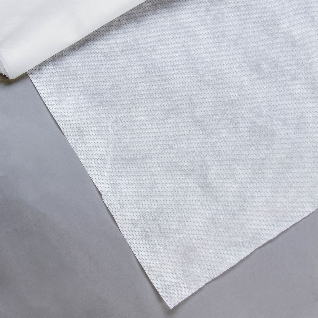 шестисекционный белый парник с укрывным материалом уДачный