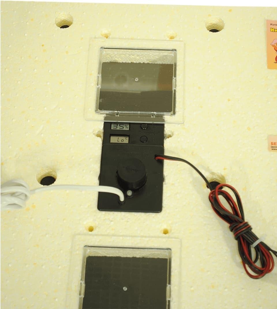 Инкубатор Золушка 45 яиц, ручной переворот,220/12В, цифровой терм. - фото 6162